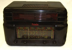 This beautiful Kriesler Radio, made around 1947